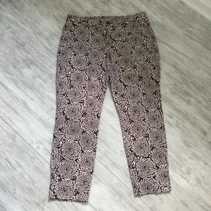 KHAKIS by GAP Brown/White Print Capris Pants - 8R